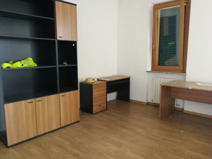 Ancona zona Baraccola ufficio, Ancona (AN) - codice ...