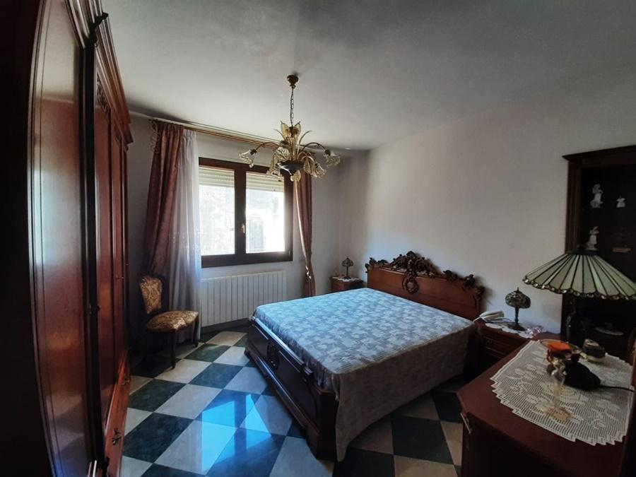 Rifinitissima abitazione indipendente, 310mq su 3 livelli ...